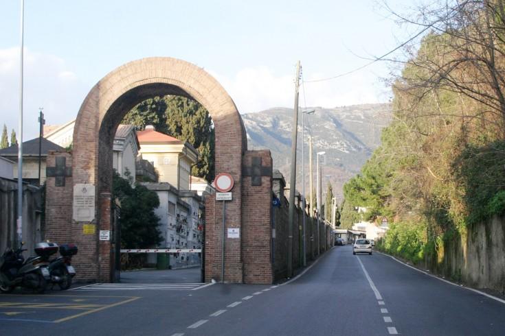 Commemorazione dei defunti: intensificati i trasporti per il cimitero - aSalerno.it