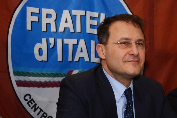 """Cirielli: """"A Scafati immigrato ferisce carabinieri. Governo ha fallito sui rimpatri"""" - aSalerno.it"""
