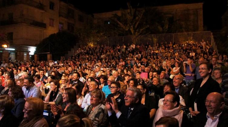 Bagno di folla per la chiusura di Fabula 2015 - aSalerno.it