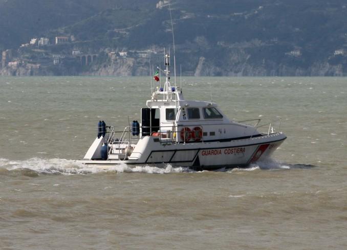 Controlli della Capitaneria di Porto, bloccata una nave - aSalerno.it
