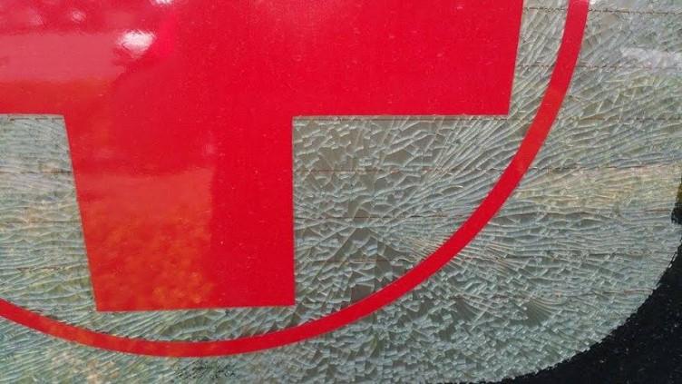 Atti vandalici contro ambulanza, vetri in frantumi - aSalerno.it