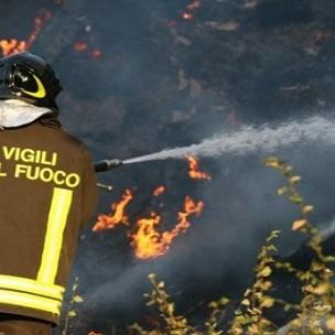 vigili-del-fuoco-in-azione