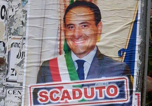 Scafati, manifesti abusivi contro il primo cittadino Pasquale Aliberti - aSalerno.it
