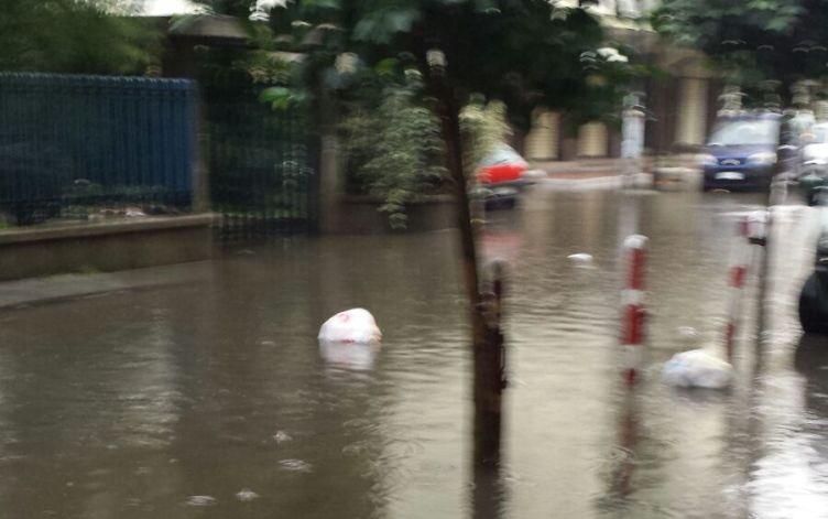 Maltempo, danni e paure: scuole chiuse a Pagani - aSalerno.it