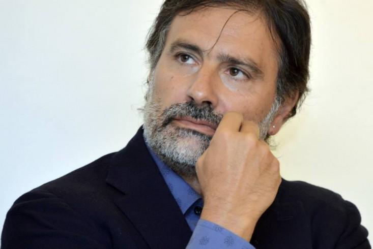 """A Serre Antonio Bassolino presenta la """"Catacatascia"""" di Nicola Oddati - aSalerno.it"""