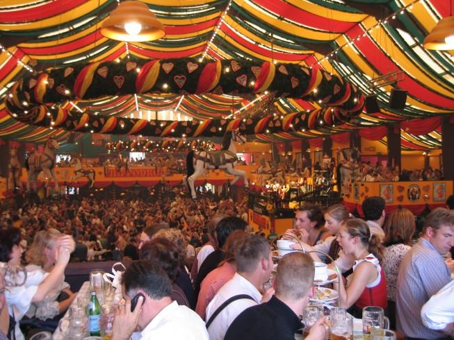 Tre giovani di Angri in arresto durante l'Oktoberfest a Monaco - aSalerno.it