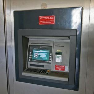 SAL - bancomat Foto Tanopress