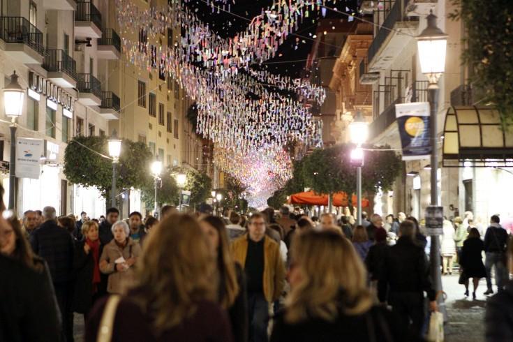 Luci d'Artista, le nuove installazioni costano 468mila euro - aSalerno.it