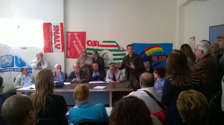 Gli infermieri alzano la voce: continua l'occupazione all'Asl - aSalerno.it