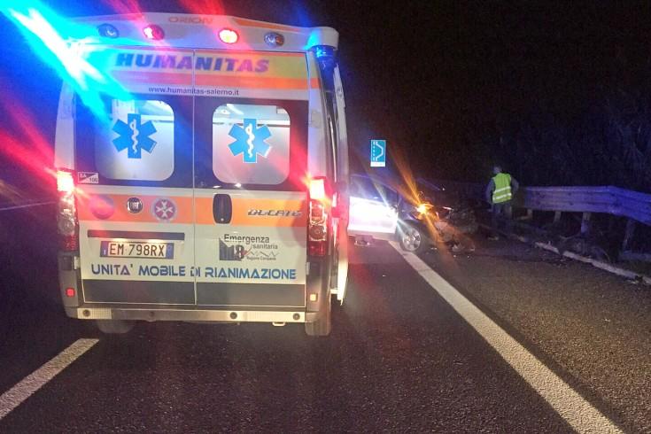 Eboli: violento impatto tra due auto, traffico in tilt - aSalerno.it