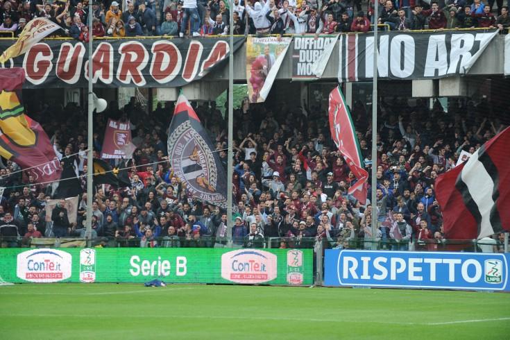In memoria di chi ha fatto la storia granata: la lettera dei tifosi - aSalerno.it