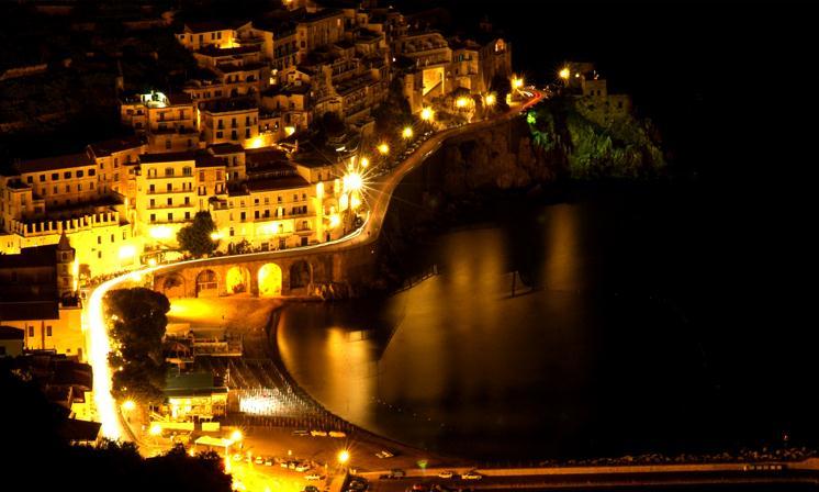 Amalfi, la decisione del comune: attività aperte anche in inverno - aSalerno.it
