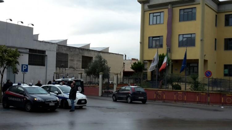 Allarme bomba al Comune di Angri,si attende l'arrivo degli artificieri - aSalerno.it