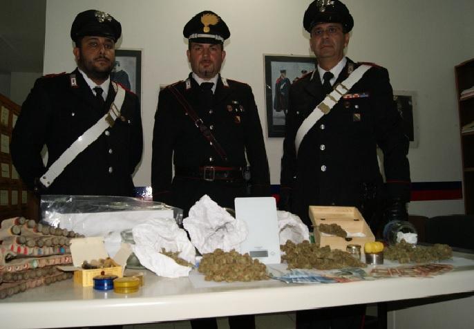Arresto ad Altavilla Silentina, in casa con cartucce di marijuana - aSalerno.it