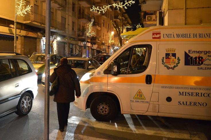 Caos Luci d'Artista, autista Cstp aggredito in Piazza della Concordia - aSalerno.it