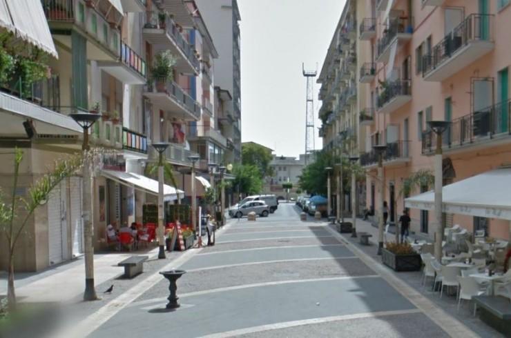 Con la cocaina nel giubbino, a casa i bilancini di precisione: arrestato 37enne - aSalerno.it