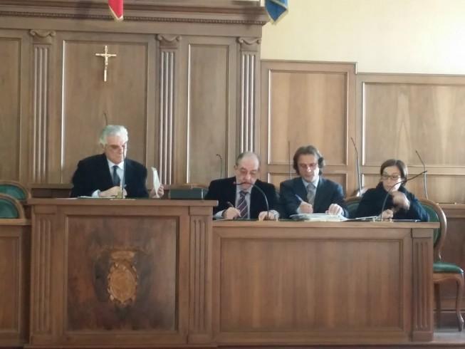Provincia, approvato il bilancio di previsione nonostante le polemiche - aSalerno.it