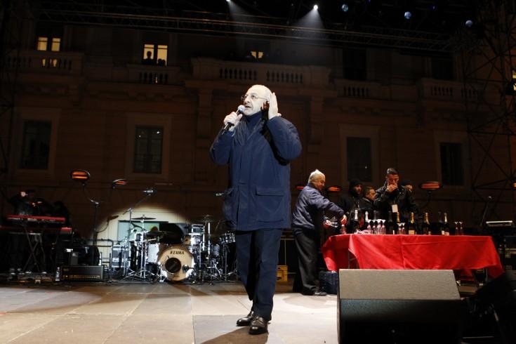 Fermento dei ilVolovers sul web, sul palco a Salerno anche De Luca - aSalerno.it