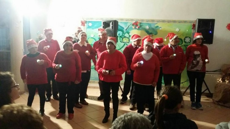 """Spettacolo natalizio """"diversamente abile"""" al centro """"Betty Faielle"""" - aSalerno.it"""