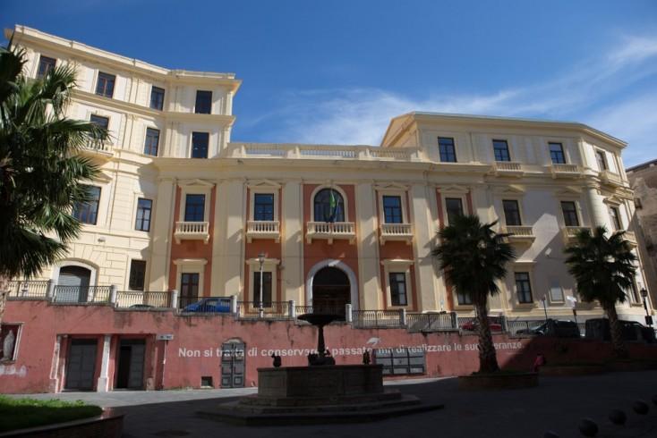 Largo Abate Conforti, completati nuovi bagni pubblici - aSalerno.it