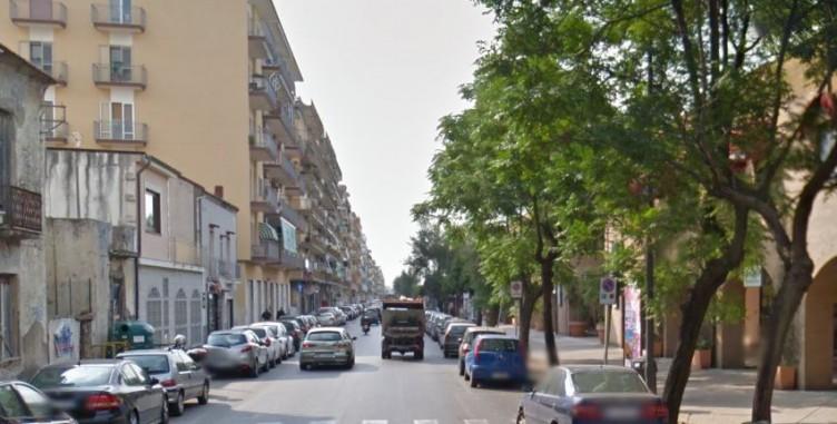 Cede l'asfalto a Pastena, problemi al flusso veicolare - aSalerno.it