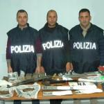 oggetti sequestrati dalla Polizia a Sarno