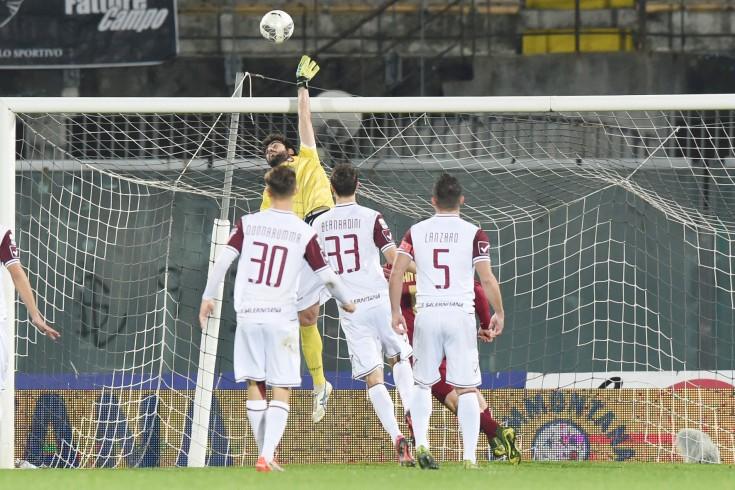 Primo tempo pari tra Livorno e Salernitana, reti inviolate - aSalerno.it