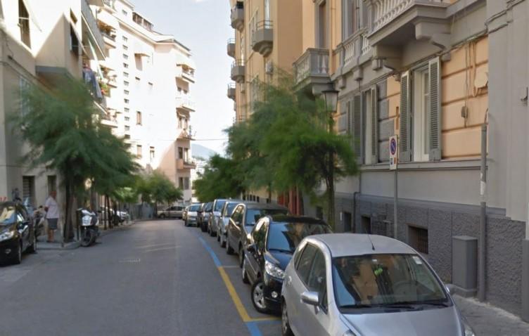 Choc a Salerno, ritrovato dentista 75enne impiccato in via Balzico - aSalerno.it