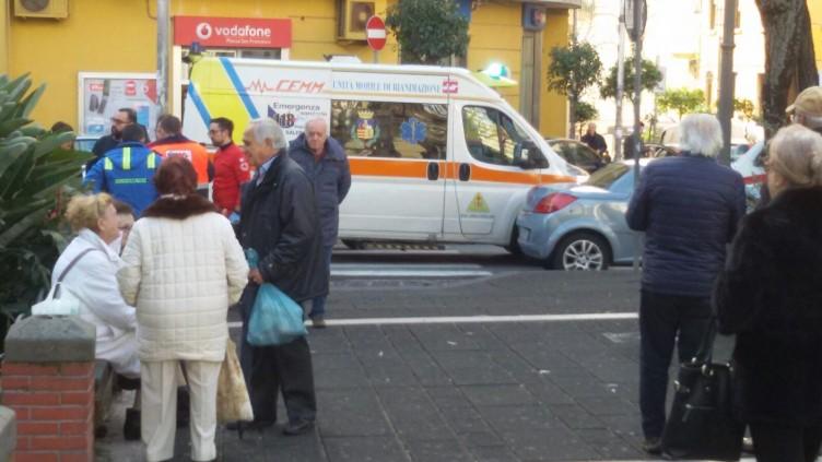 Anziana colta da malore in piazza San Francesco - aSalerno.it