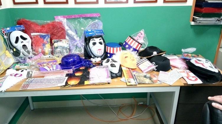 FOTO – Blitz della Finanza, sequestrate maschere e articoli per Carnevale - aSalerno.it