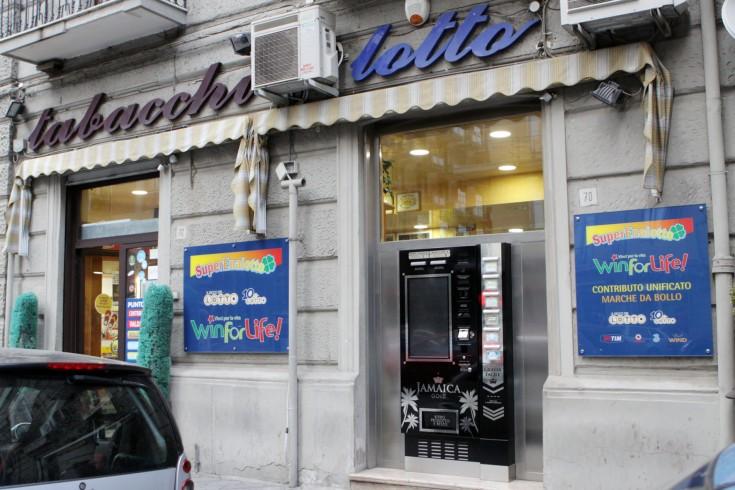 """Terno vincente su Roma con i """"numeri"""" dell'auto su corteo funebre - aSalerno.it"""