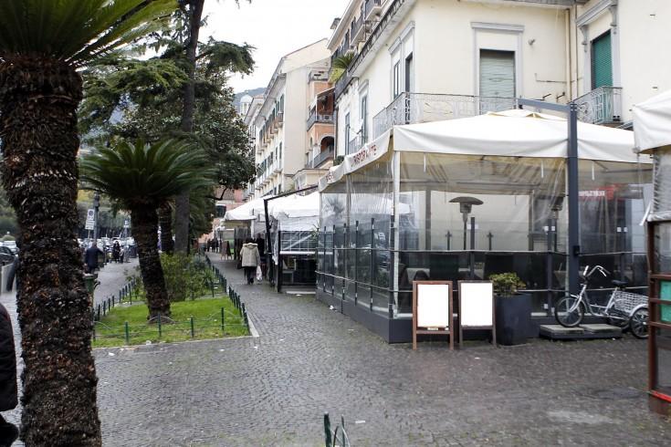 Modifiche regolamento dehors, è polemica a Palazzo di Città - aSalerno.it