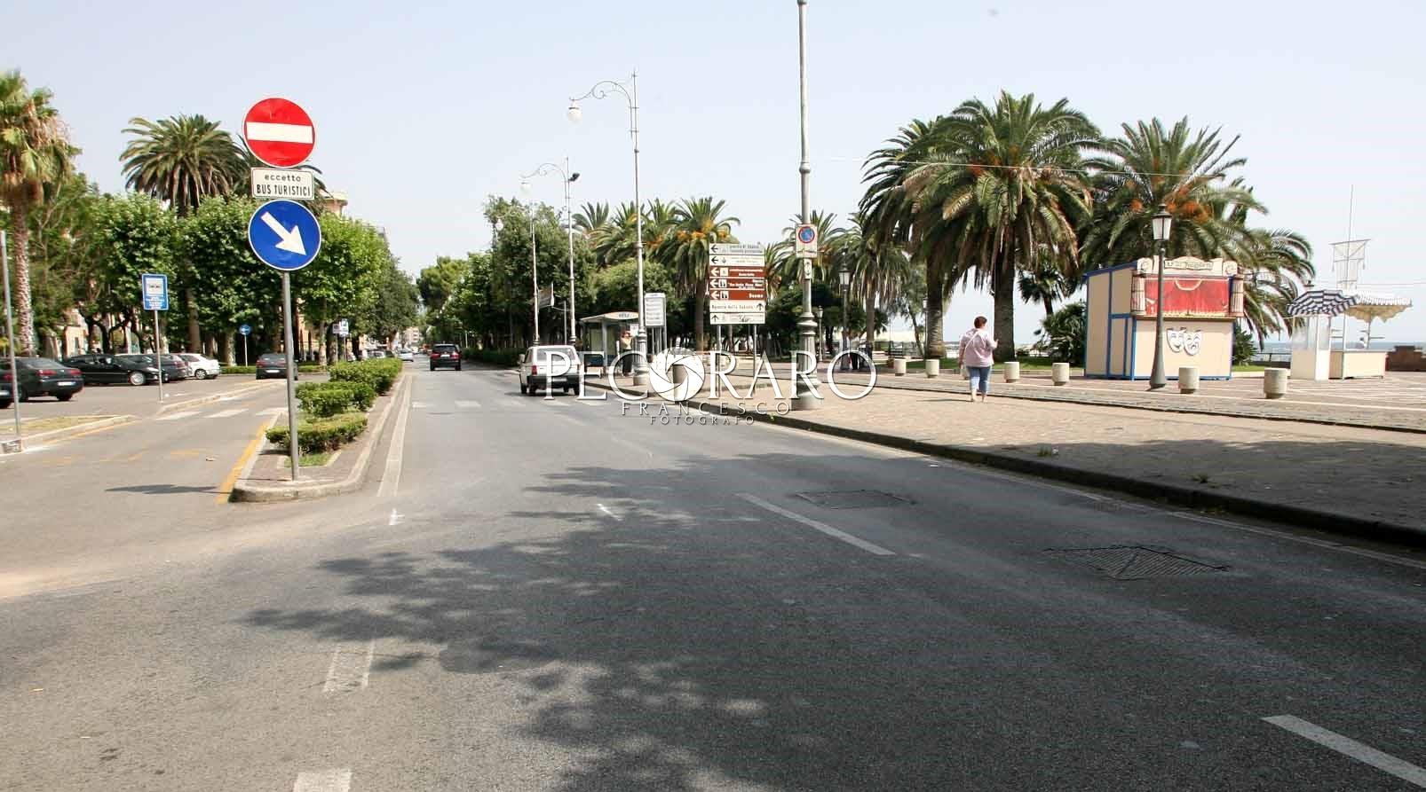 Parcheggio interrato in piazza cavour frenata sul - Parcheggio interrato ...