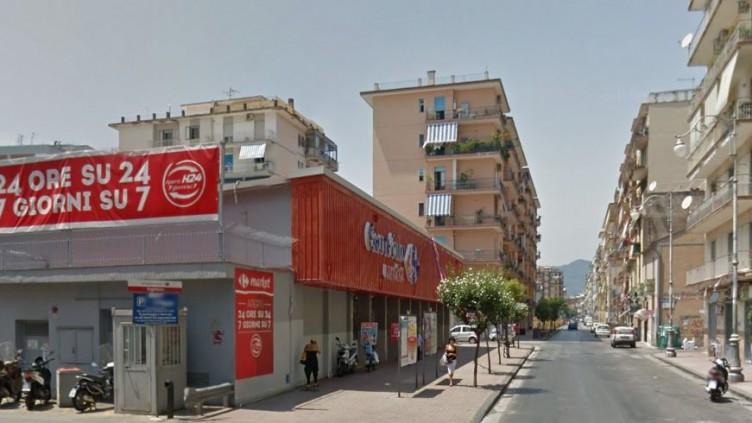 Tenta il furto al Carrefour di Pastena e scappa, fermato 26enne - aSalerno.it