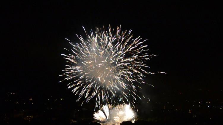 Fuochi d'artificio negli spazi pubblici: chiesta ordinanza nella Valle dell'Irno - aSalerno.it