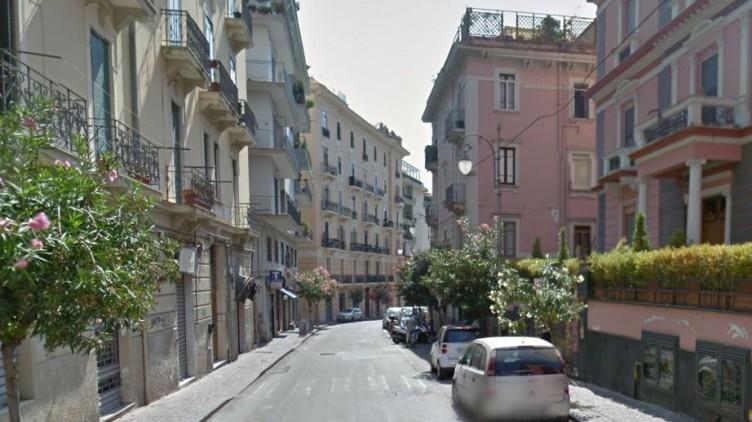 In via Arce nella notte con arnesi idonei allo scasso, fermato 63enne di Gragnano - aSalerno.it