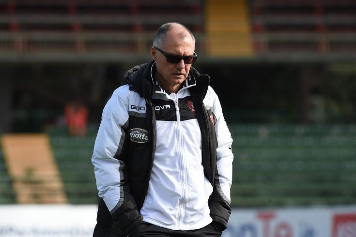 """Menichini: """"Non guardare alla classifica ma alle prestazioni"""" - aSalerno.it"""
