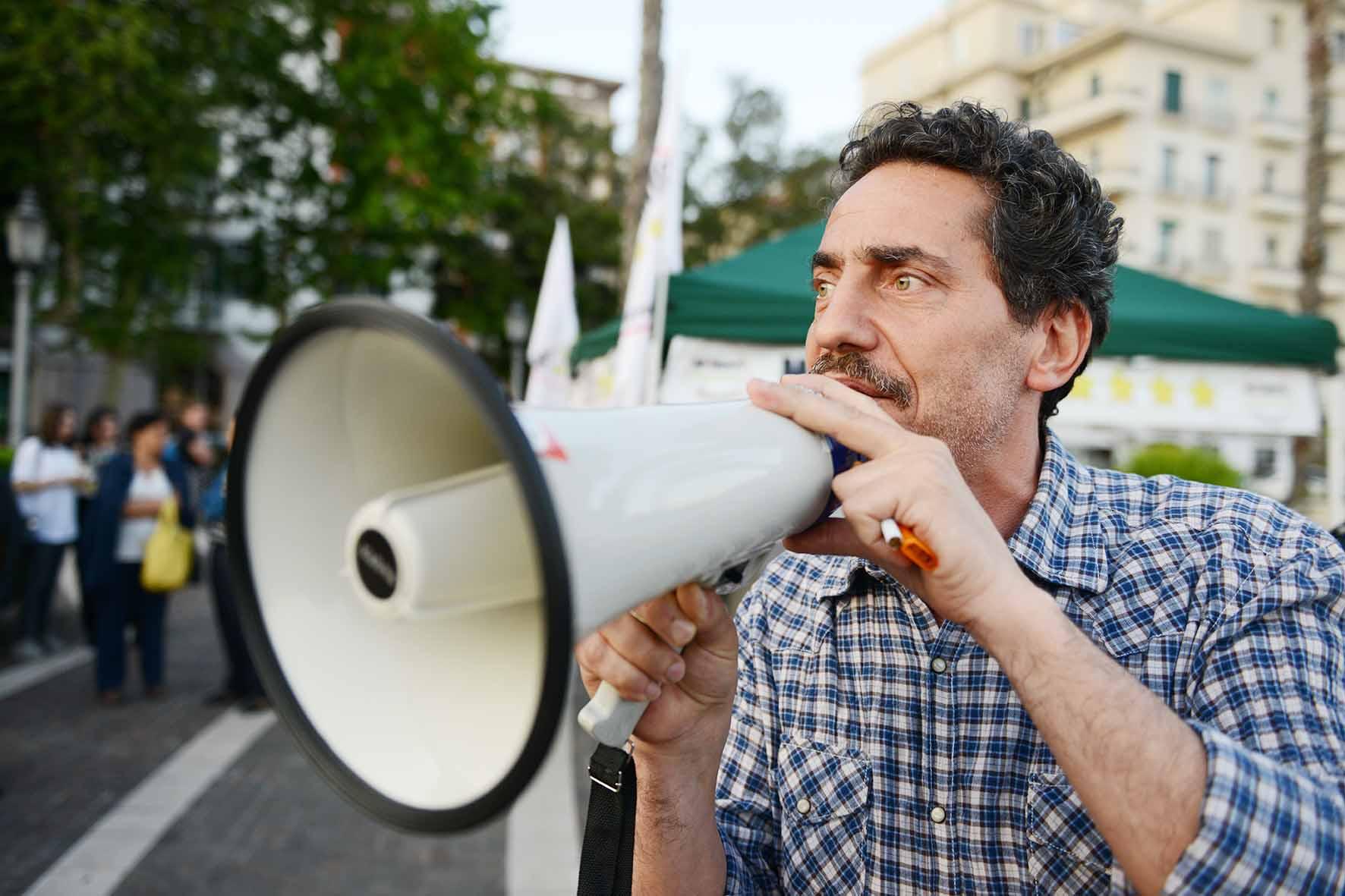 I parlamentari del m5s chiedono lo scioglimento del for I parlamentari