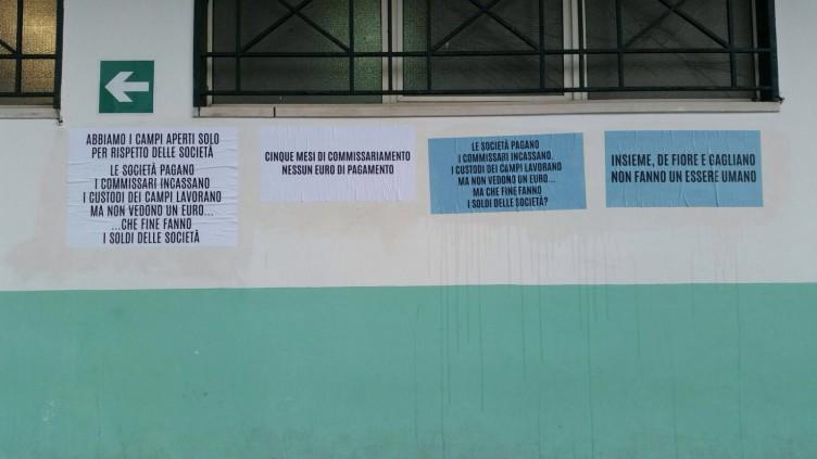 FOTO-Da mesi senza stipendio, protestano i custodi dei campi salernitani - aSalerno.it