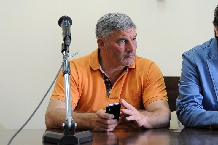 Minacciava elettori per farsi votare, arrestato il consigliere Pastina - aSalerno.it