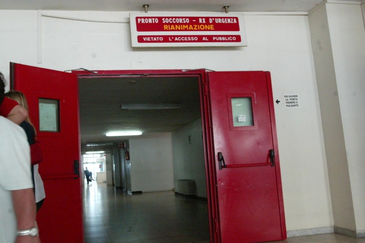 Pulci in Rianimazione al Ruggi, risponde la dirigenza dell'ospedale - aSalerno.it