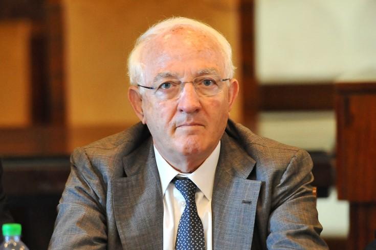 Rettore, consigliere e commissario: si apre una inchiesta su Pasquino - aSalerno.it