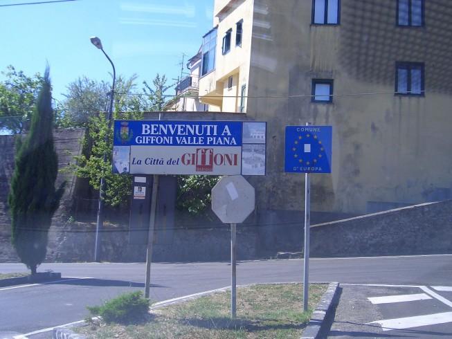 Giffoni Valle Piana, rinasce lo storico Cinema Teatro Valle - aSalerno.it
