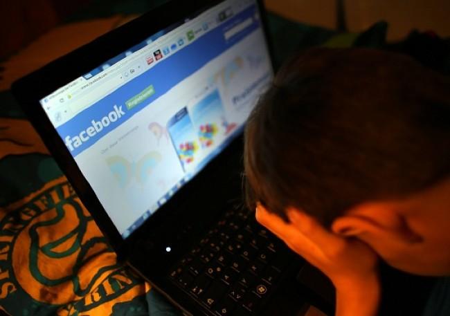 """""""Cyberbullismo"""": l'incontro di sensibilizzazione nelle scuole di Cava - aSalerno.it"""