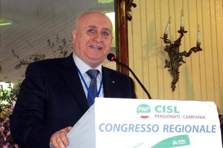 La Cisl accusa, 4 mesi di attesa per un'ecografia - aSalerno.it