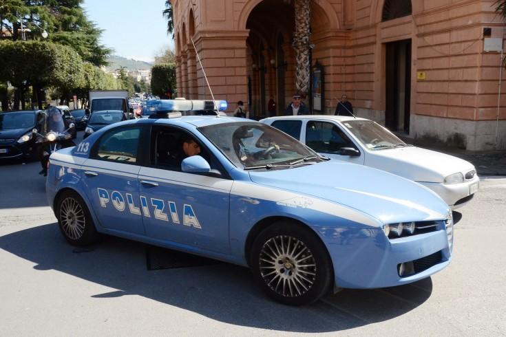 Prostituzione e parcheggiatori abusivi: aumentano i controlli della Polizia a Salerno - aSalerno.it