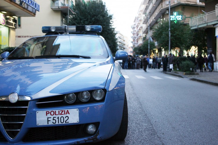 Salerno: furto in un negozio in via Posidonia, arrestato 26enne - aSalerno.it