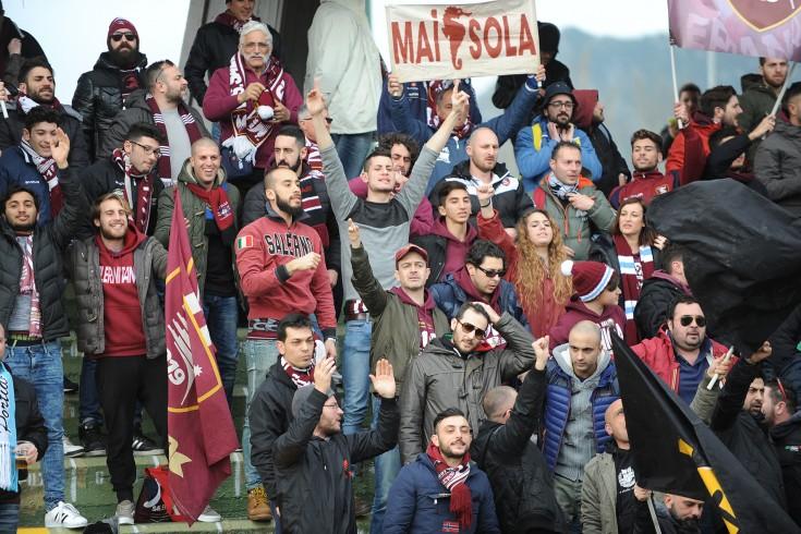 Il Club Mai Sola chiede allenamenti a porte aperte - aSalerno.it