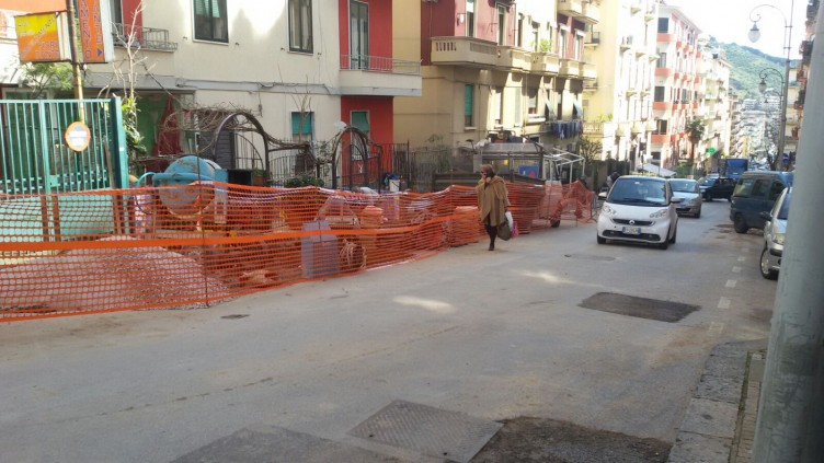 Ripristinato il traffico in via Marino Paglia - aSalerno.it