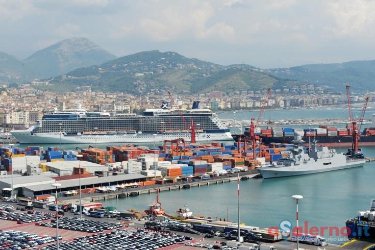 Sicurezza insufficiente, Guardia Costiera di Salerno ferma una nave straniera in porto - aSalerno.it